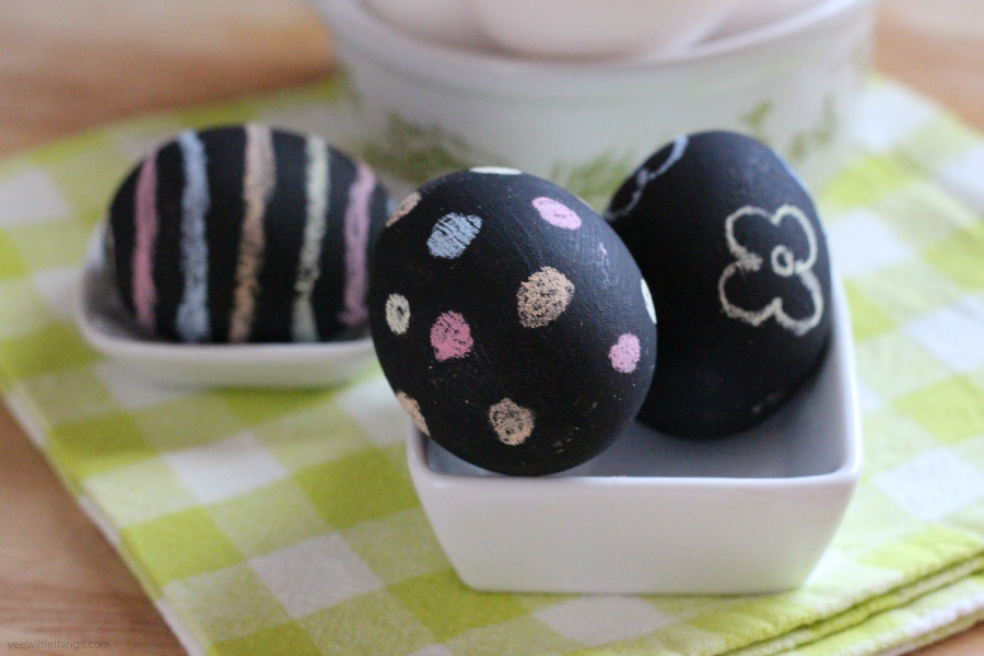 chalkboard-paint-eggs3