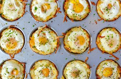 cheesy-hash-brown-cups-768x503